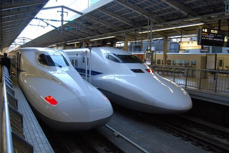 駅 700とN700.JPG